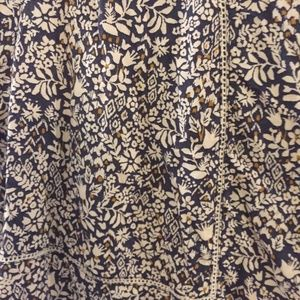 Lucky Brand Tops - LUCKY BRAND Ditsy long sleeve floral print blouse